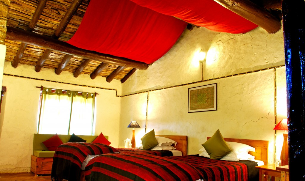 Beautiful rooms at Itmenaan Estate: Village Walks in India