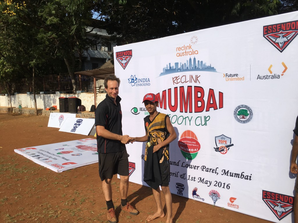 Reclink Mumbai Footy Cup: Presenting the Trophies