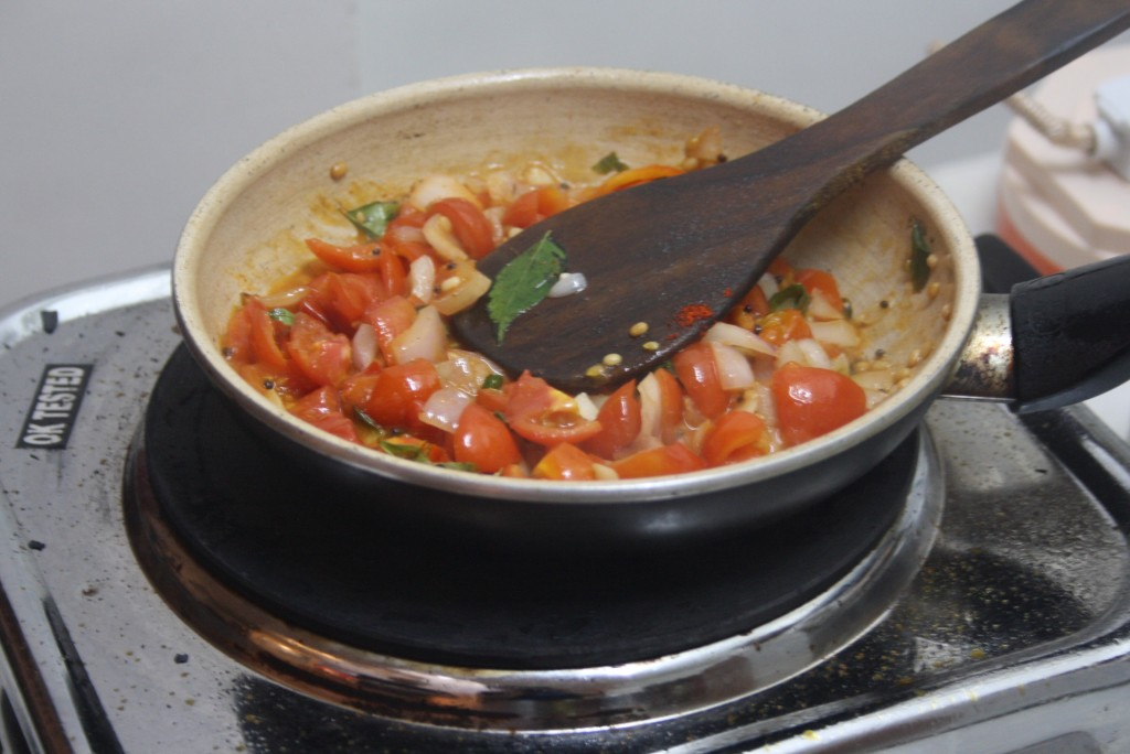 Tomato and onion chutney