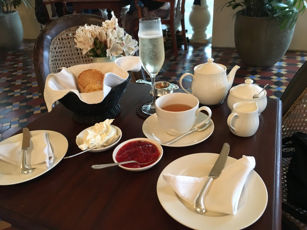 Our pick : afternoon tea at Amangalla, Galle Fort!