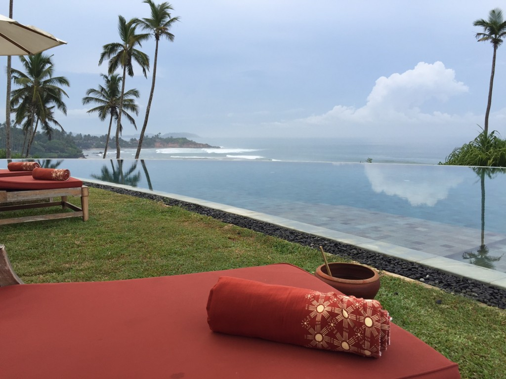 Cape Weligama pool: is there any other place to be?